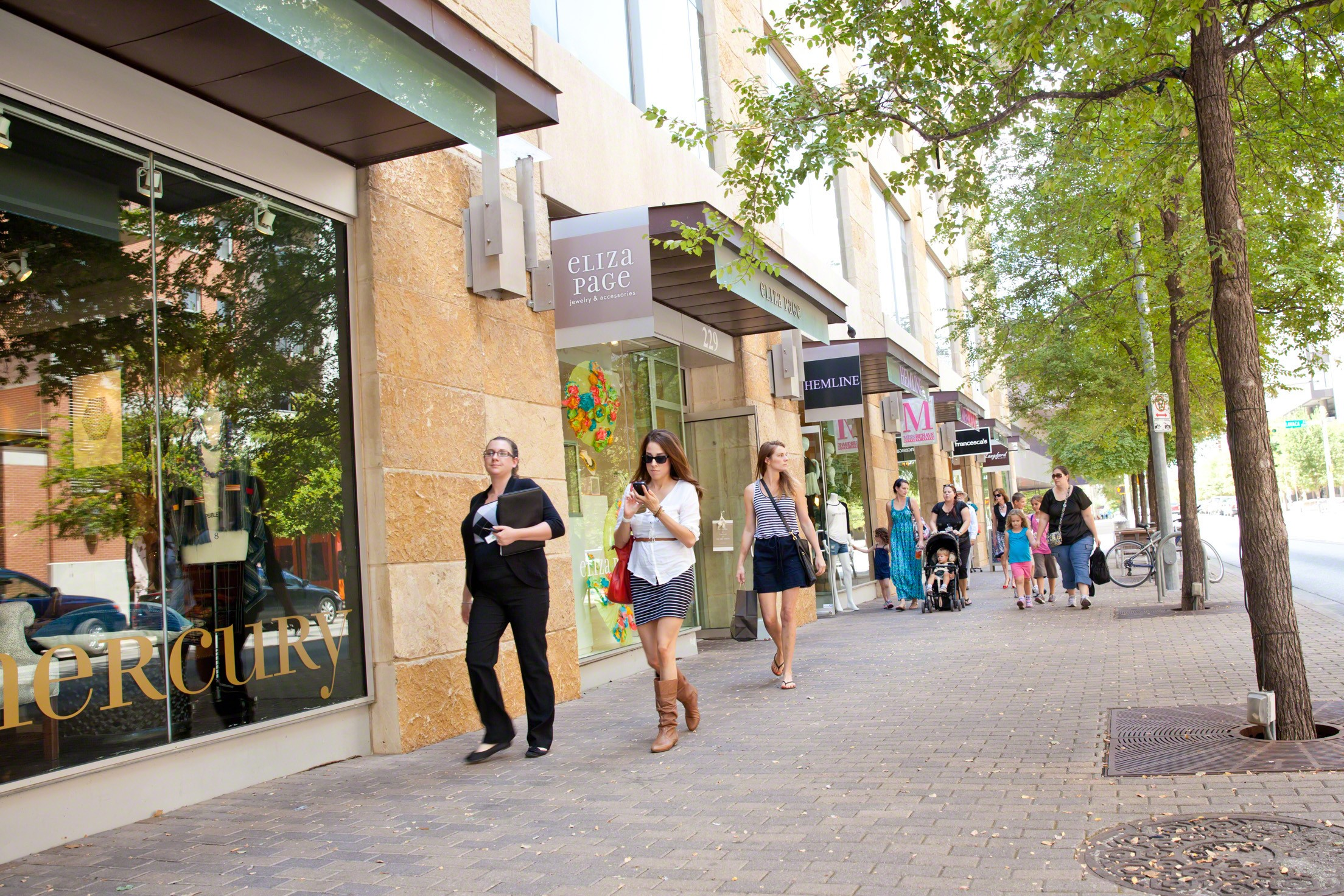 Downtown austin clothing stores